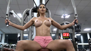 Micaela Schäfer nackt beim Training mit Alexander Honey Keen